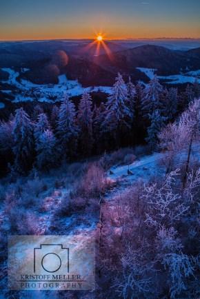 Blick auf Marzell und den Südschwarzwald bei Sonnenaufgang