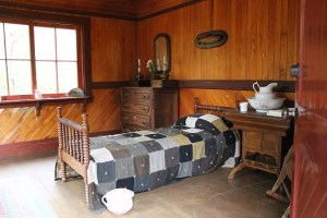 bedroom in log house
