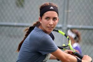 Krizia Senior Tennis Backhand Slice
