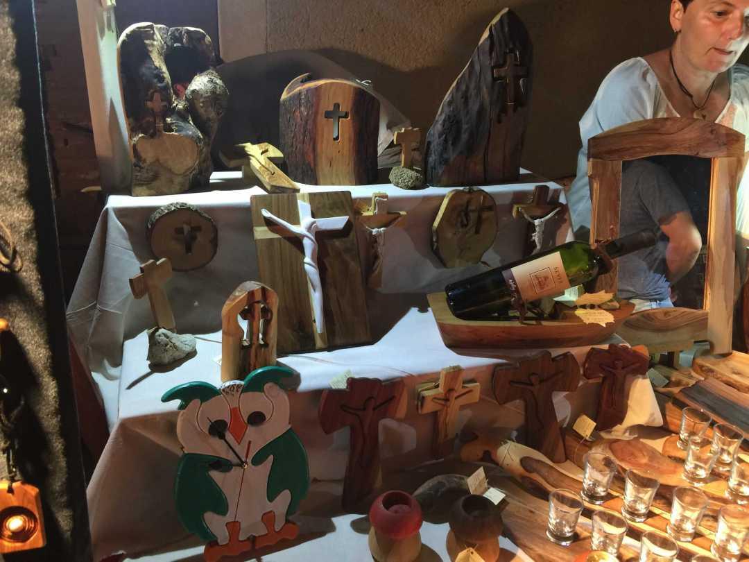Oliva fából készült használati tárgyak