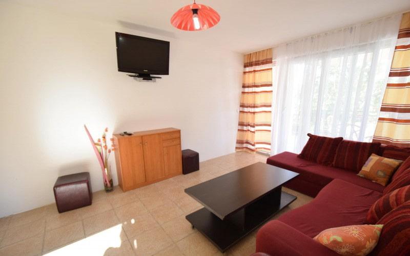 apartman 2 dnevni boravak4 (1)