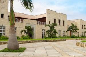 Aga Khan Academy Mombasa, Laboratories