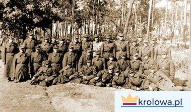 Żołnierze 1. Dywizji Piechoty im. Tadeusza Kościuszki w Siekierkach, dzień przed forsowaniem Odry