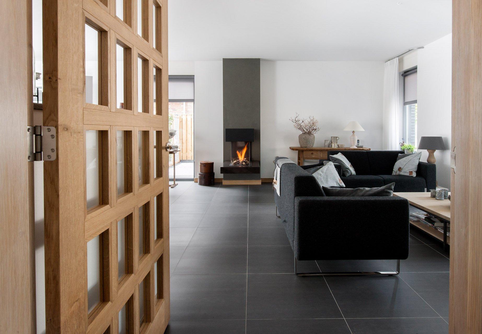 Grijze Tegels Woonkamer : Tegels woonkamer utrecht vloertegels kopen kroon vloeren in steen