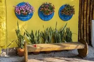 Perabot dan produk lain yang diperbuat daripada kayu dengan tangan anda sendiri: lukisan bangku, meja, buaian, rumah burung dan barangan rumah lain (85+ foto & video)