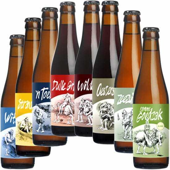 Bierpakket-Biertje-8-Streek-bierpakket-gevuld-met-lokaal-bier-en-streekproducten-Bier-geschenk-www.krstpkkt.nl
