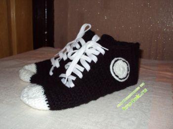 Terlik - Çoraplar Sneakers Kroşe Tarafından Bağlıdır