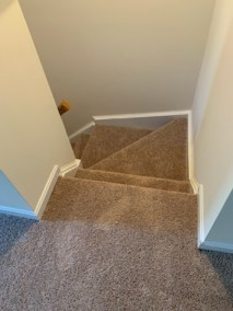 15 21 - Beautiful New Carpet And LVP Installations