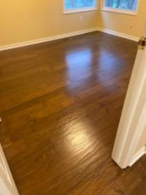 5 44 - New Hardwood, LVP and carpet installation in Herndon