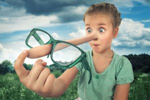 Что делать, если ребёнок часто вас обманывает