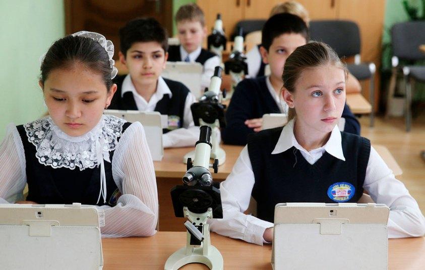 Придётся ли родителям скидываться деньгами, чтобы школы приняли детей 1 сентября?