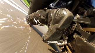 כביש, אופנוע, ציוד מגן, השכבה, מגף, אקשן