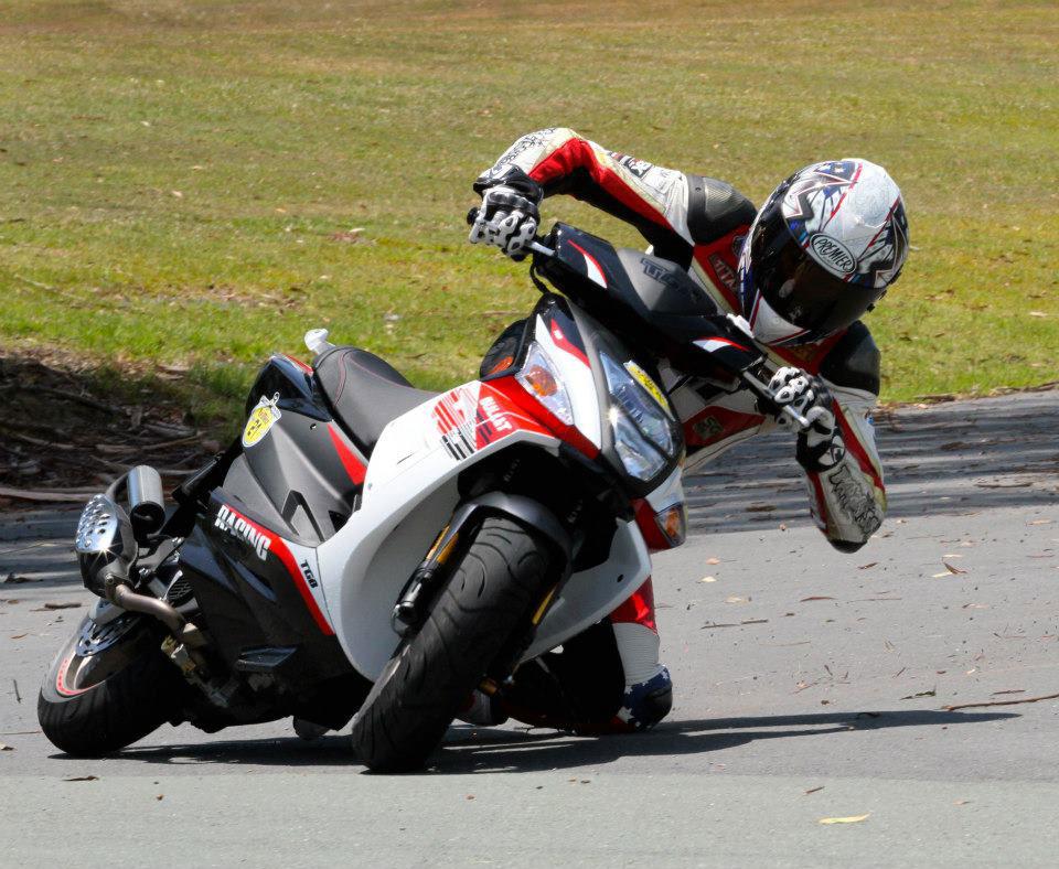 תאונות אופנועים גלגלים