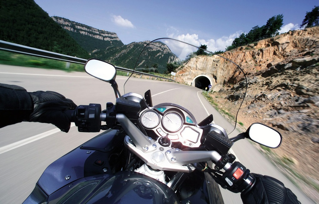 בין אופנועים לאופנוענים