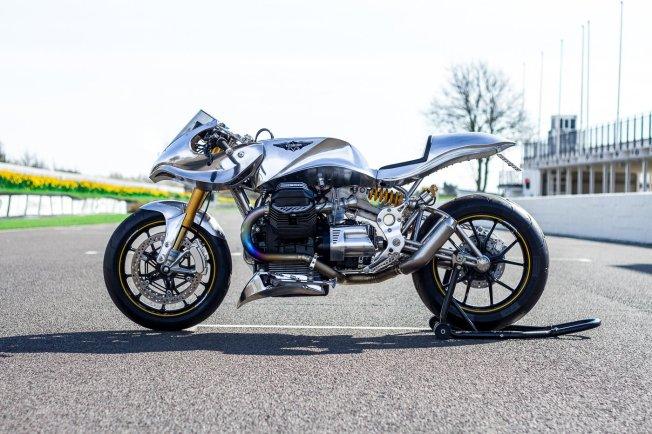 Moto-Guzzi-Titanium-kruvlog-2