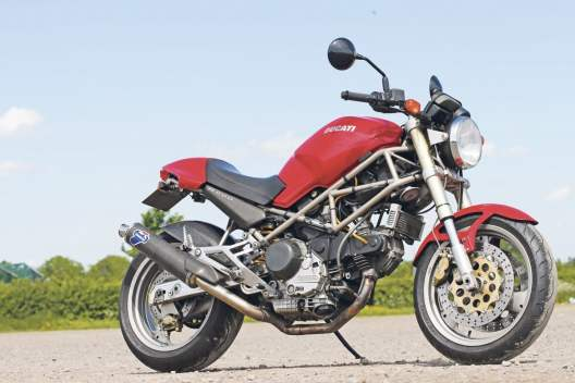 Ducati-monster-profile-kruvlog-1