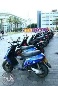 גנב קטנועים להחנות קטנוע