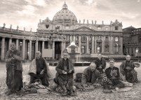 The priests millionaires to Vatican
