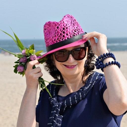 I love hats fashionpost fashion fashionchic hat pinkhat instamoda instamomenthellip