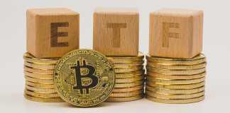 btc bitcoinove_etf Zdroj: Shutterstock.com/lentamart