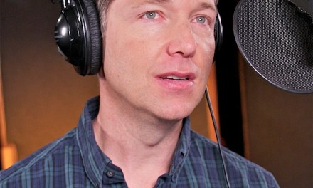 Video Of the Day: Voice Actor George Newbern Talks About Superman