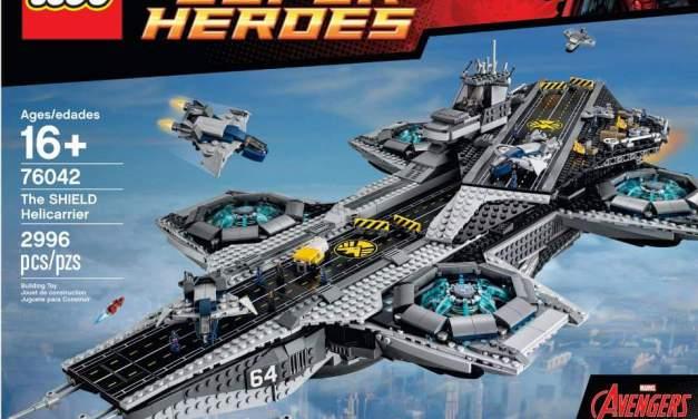 LEGO Avengers Helicarrier. Ooooh Yeah.