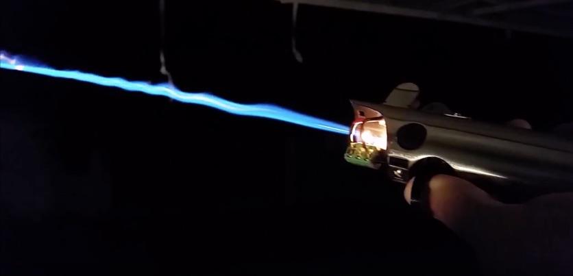 Fan Builds Real Burning Lightsaber