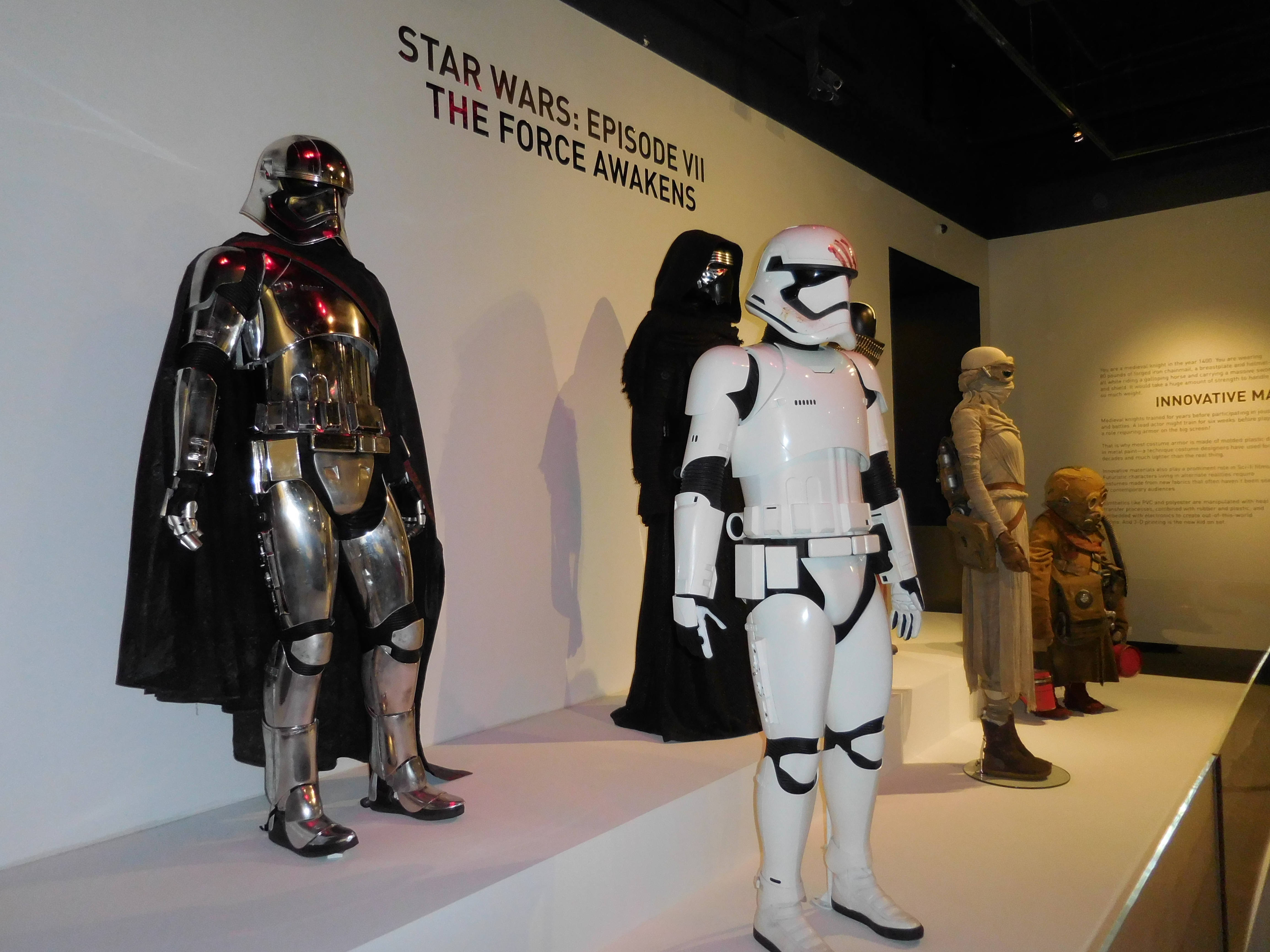 The Force Awakens At Fidm 24th Annual Costume Design Exhibit Krypton Radio Your Sci Fi Radio Station