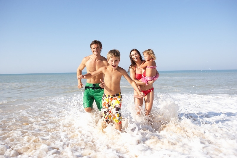 Krystal Cancun Timeshare Highlights A Family Beach Outing
