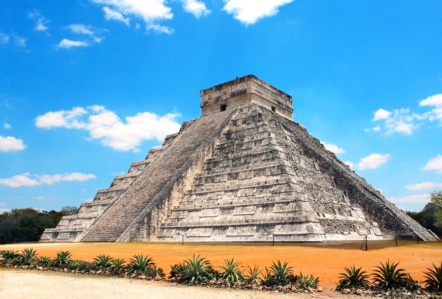 Krystal International Vacation Club Explores Cancun's Past And Present (2)