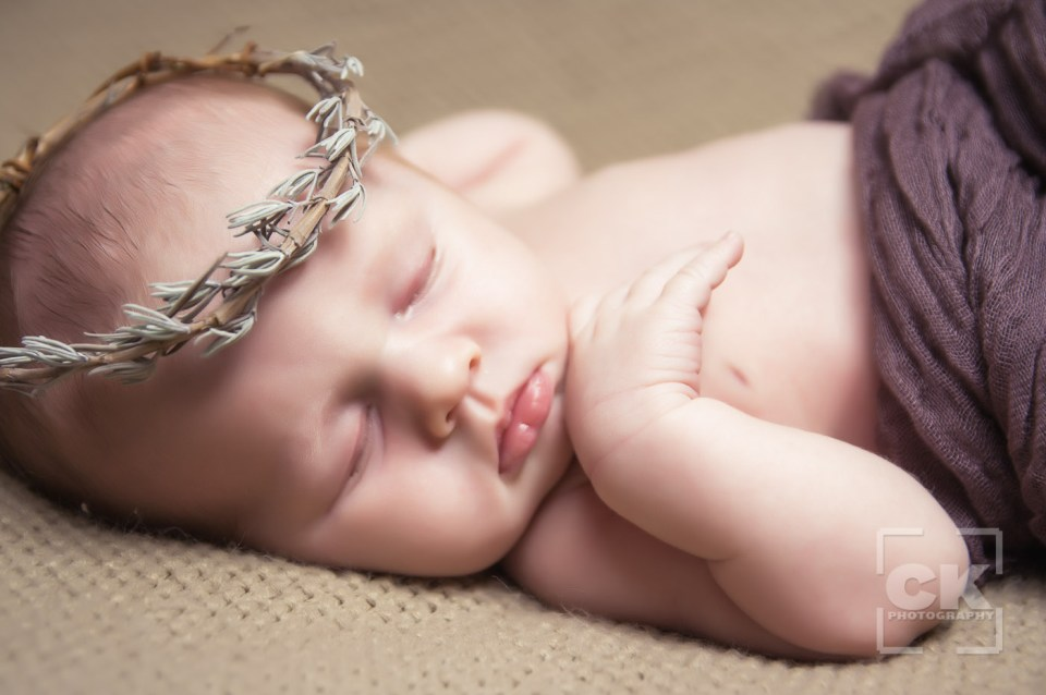 Chris Kryzanek Photography - newborn with crown of thorns