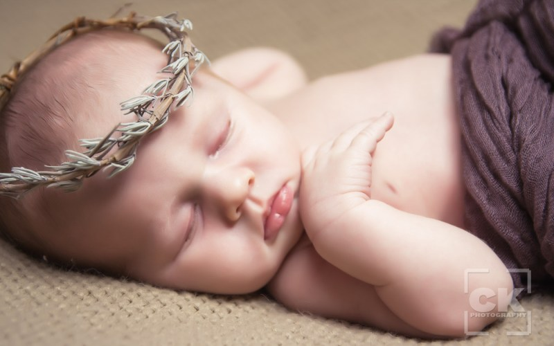 Chris Kryzanek Photography - newborn with crown of thorns