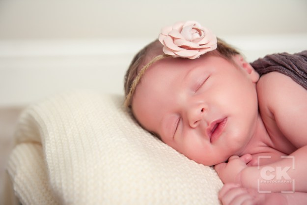 newborn session baby photos - Chris Kryzanek Photography