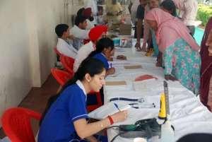 Medical Camp: Anmeldung und Untersuchung