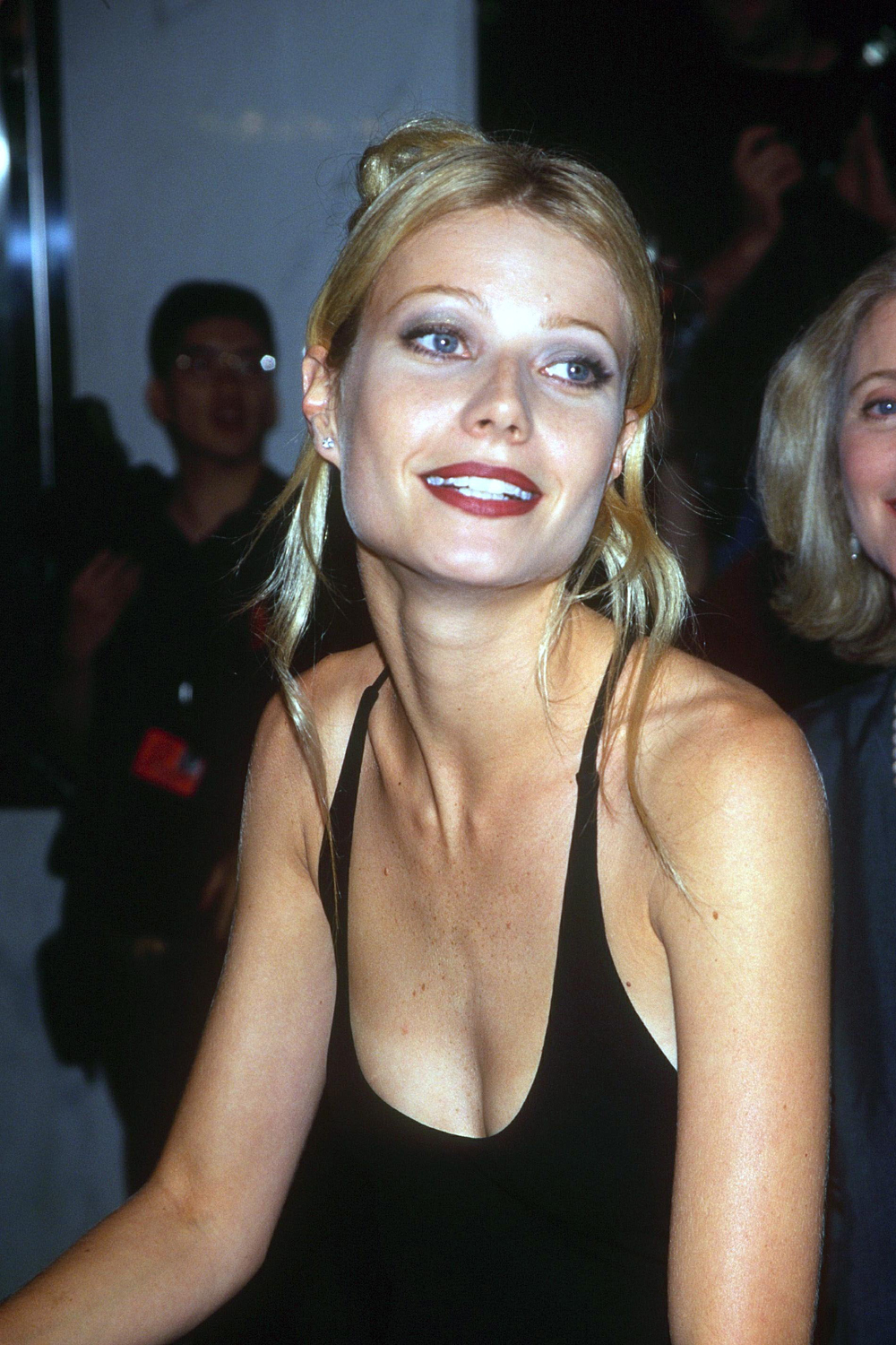 Celebrity 90s Beauty Icons