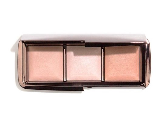 best highlighter Hourglass Ambient Lighting