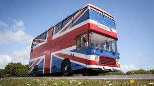 spice girls tour bus
