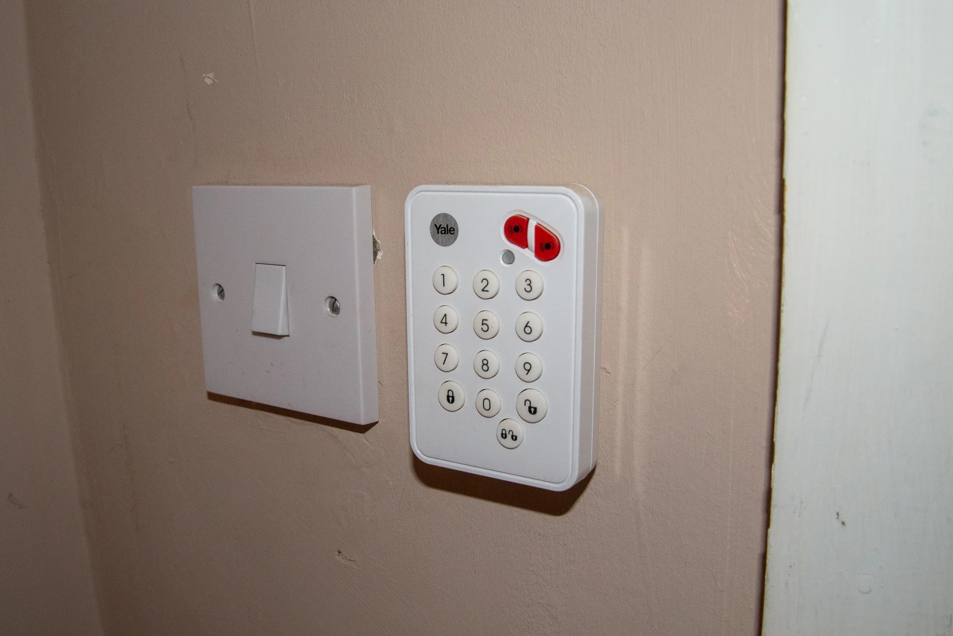 hight resolution of yale smart home alarm keypad