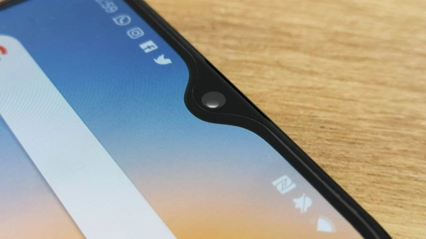OnePlus 6T notch closeup