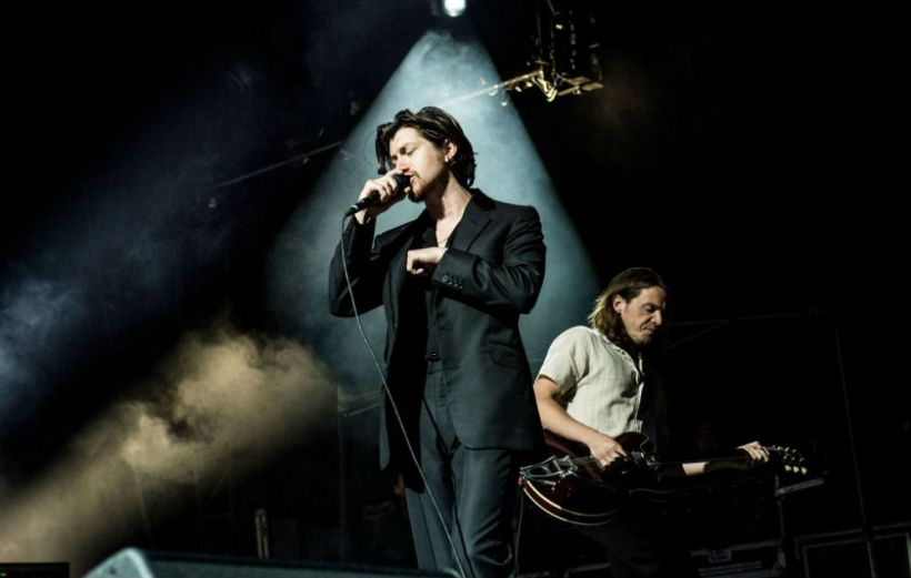 Arctic Monkeys batphone live first time