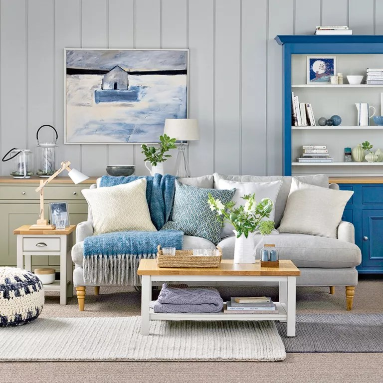 Coastal living rooms to recreate carefree beach days