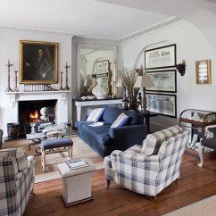 Living Room Classic Unusual Wallpaper For Uk 10 Design Ideas You Wona T Want To Miss Ideal Country House Style With Classical Busts Rooms Photo Gallery