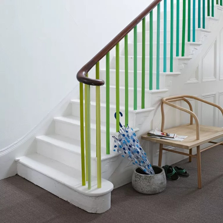 Staircase-ideas-spindle-ombre