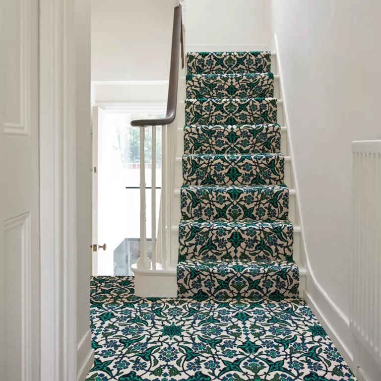 Best Stair Carpets – Our Pick Of The Most Fabulous Flooring For | Grey Patterned Stair Carpet | Teal | Black | Farmhouse Style | Stair Landing | Wall