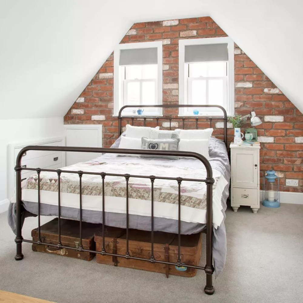 Loft-conversion-ideas-brickwork