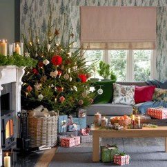 Decorate Small Living Room For Christmas Benjamin Moore Paint Colours Rooms Decorating Ideas