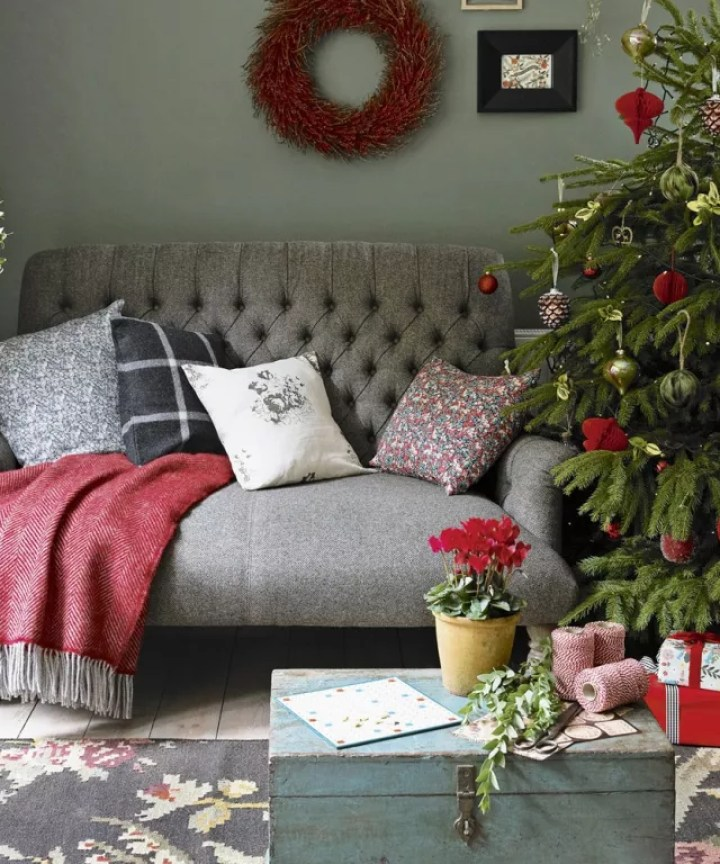 decorating living room for christmas. Christmas Living Room Decorating Ideas To Get You In The Festive Images  Conceptstructuresllc com
