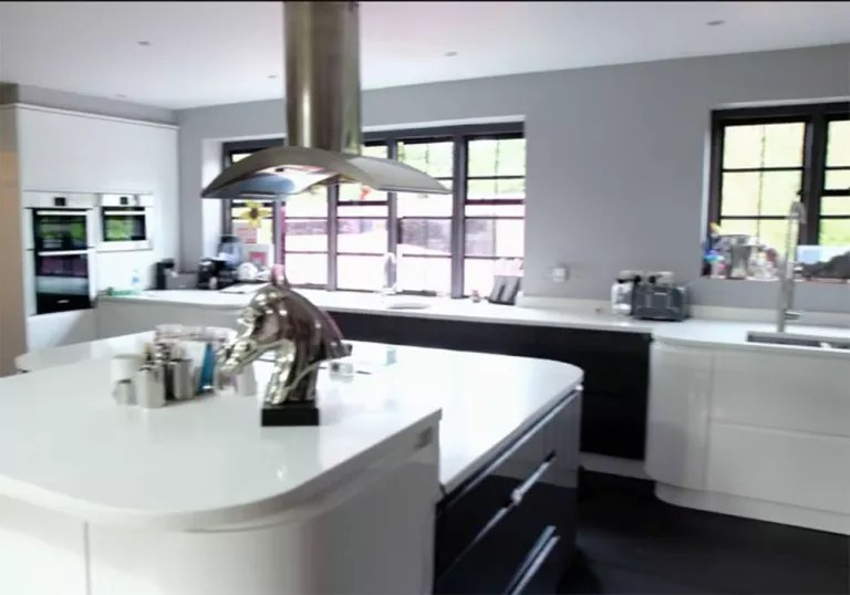 kitchen dining chairs yellow rugs katie price's house revealed on through the keyhole ...