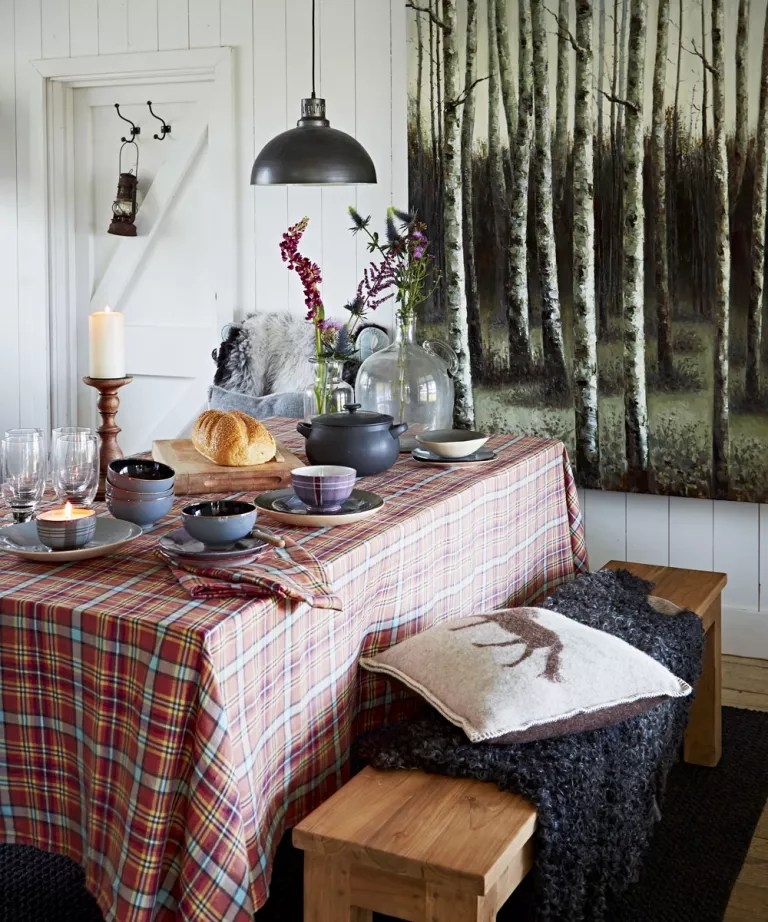 Dining Table Decoration Ideas Decoration Ideas For Dining Table