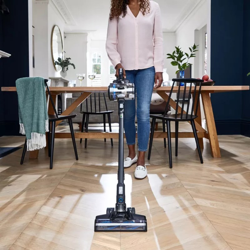 Best-cordless-vacuum-cleaners-lifestyle